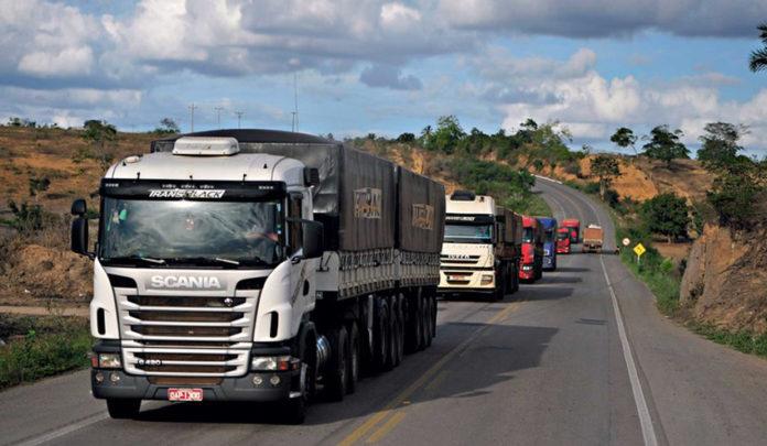 O peso do transporte rodoviário de carga é estimado em torno de 1,4 ponto percentual (p.p.) do PIB, de acordo com análise das contas nacionais entre 2010 e 2017.