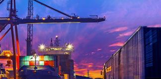 Levantamento da CNT mostra que recursos adquiridos por meio de leilões, concessões de aeroportos, portos e rodovias não retornam para a pasta de infraestrutura.