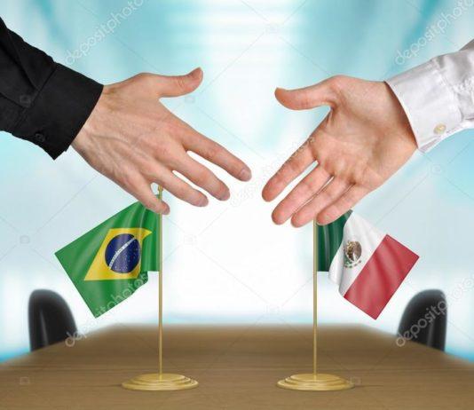 O Brasil e o México assinaram acordo para o livre comércio de caminhões e ônibus e suas autopeças. De acordo com entendimento