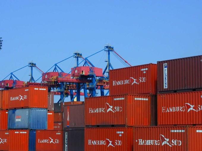 O Governo Federal, através do Ministério da Infraestrutura decidiu intervir e pedir para que os trabalhadores do Porto de Santos mantenham suas atividades