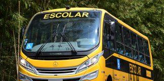 A Mercedes-Benz negociou 874 micro-ônibus para o Caminho da Escola