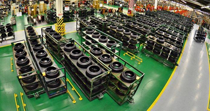 A Pirelli anunciou ontem, 13, que vai fechar a fábrica de Gravataí (RS). Desde 1976, são produzidos pneus para motocicletas na fábrica da empresa italiana.
