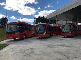 Onibus Volvo integrados ao sistema urbano de Curitiba