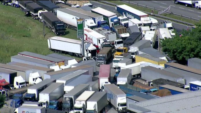 Ao contrário das manifestações de 2018, os novos atos dos caminhoneiros não devem fechar nenhuma rodovia. De acordo com o presidente da Associação