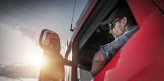 Decreto de bolsonaro libera porte de armas para caminhoneiros