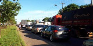 Manifestação de caminhoneiros, na manhã desta segunda-feira (10), provoca longo congestionamento na rodivia BR-316 em Marituba, região metropolitana de Belém