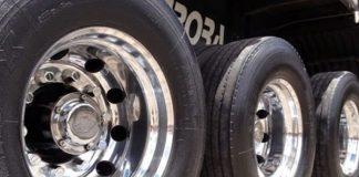 De acordo com o balanço mensal divulgado pela Anip Associação Nacional da Indústria de Pneumáticos as vendas de pneus em outubro ficaram praticamente