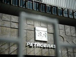 A Petrobras reportou um lucro líquido de 9,1 bilhões de reais no terceiro trimestre de 2019. Portanto, registrando um aumento