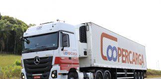 Uma das maiores transportadoras brasileiras, a Coopercarga, agora também pode operar no Peru e na Bolívia.