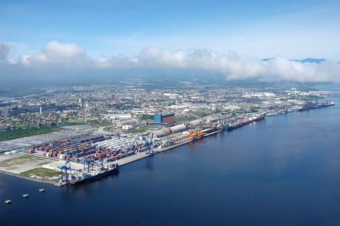 Os Portos de Paranaguá e Antonina movimentaram, em junho, cerca de 5,3 milhões de toneladas de carga. Dessa forma, registrando 15% a mais que o mesmo mês de 2018