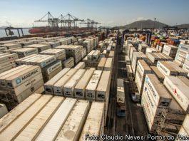 Movimentação portuária cresce 9,7% no primeiro bimestre deste ano em comparação com o mesmo período no ano passado. Movimentou 174,3 milhões de toneladas.