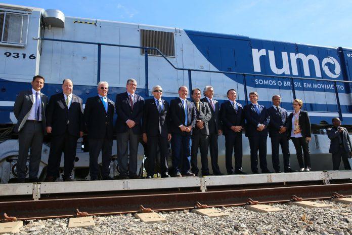 O contrato de concessão da Ferrovia Norte-Sul foi assinado em Anápolis-GO, ontem, 31, com a Rumo