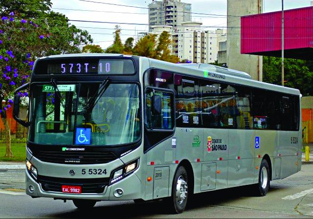 A MoveBuss, empresa de transporte urbano de SP, adquiriu 28 novos ônibus da Volkswagen. Os veículos foram entregues pela concessionária Apta.