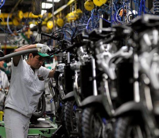 A produção industrial brasileira cresceu 0,8% em outubro, na comparação com setembro. De acordo com o IBGE, nesta quarta 4, o bom resultado foi puxado