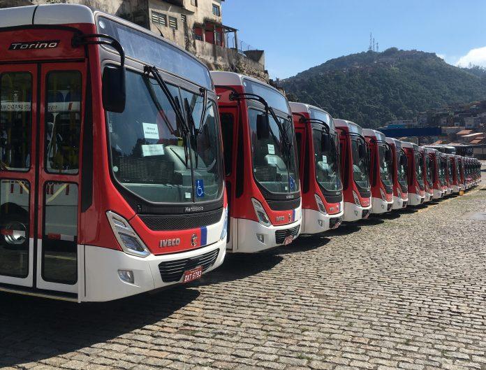 A Iveco acaba de vender 20 modelos do 170S28, encarroçados pela Marcopolo, para a empresa Suzantur. Anteriormente, a empresa que atua no transporte