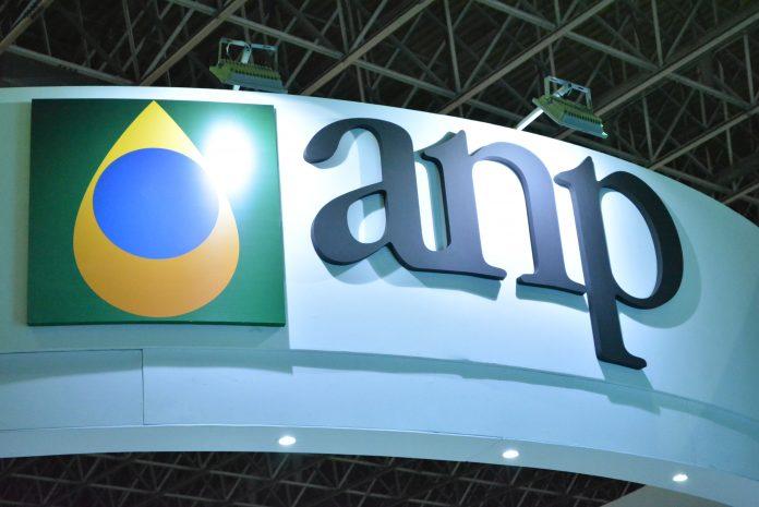 O Governo, através da ANP (Agencia Nacional do Petróleo, Gás natural e Biocombustíveis), realizou ontem o primeiro leilão de oferta permanente de áreas.