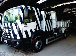 A Apta Caminhões e Ônibus, com sede em São Bernardo do Campo, entregou 30 caminhões para a Salfema Construções. De acordo com a montadora