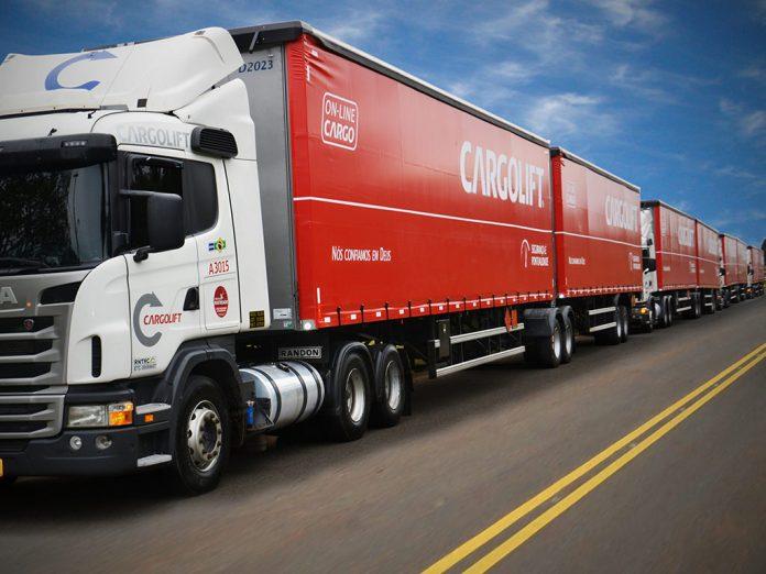 O tráfego deveículos pesados de cargaserá restrito durante o feriado de 12 de outubro nas rodovias mineiras, de acordo com o Departamento