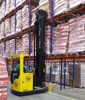 O Grupo Carrefour Brasil inaugura um novo centro de distribuição (CD) na cidade de Cajamar (SP). A planta possui 64 mil m²