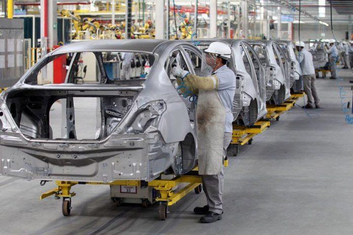 As vendas de automóveis e comerciais leves cresceram 9,9% entre os meses de janeiro e agosto deste ano em comparação com o mesmo período do ano passado