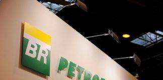 Depois de uma alta de quase 20% no preço do petróleo, em razão aos ataques à Arabia Saudita, a Petrobras informou que deve segurar o preço dos combustíveis