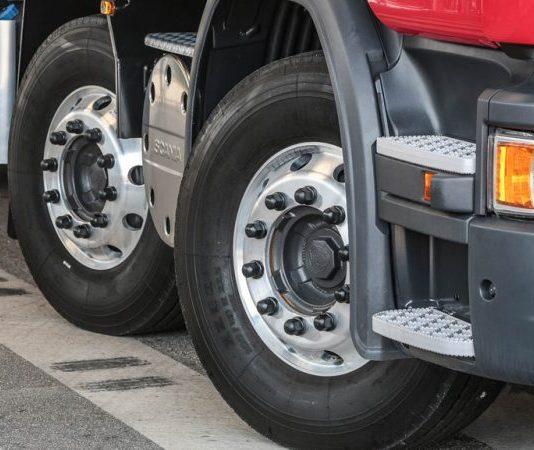 De acordo com balanço mensal da Anip (Associação Nacional da Indústria de Pneumáticos), divulgado ontem, 13, a venda de pneus teve um crescimento de 9,9%