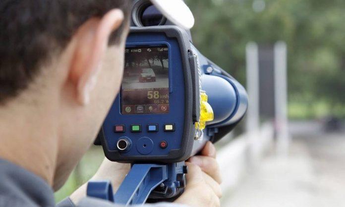 Nos seis primeiros meses de 2019, quase 56 mil multas por excesso de velocidade foram registradas emrodovias federais no Rio Grande do Sulcom o uso de radares móveis