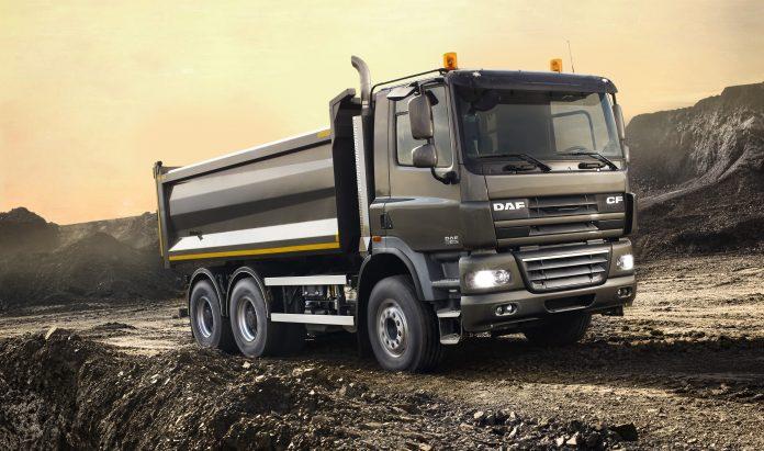 A DAF Caminhões, empresa do grupo Paccar, apresentou, na Fenatran 2019, a opção de chassi rígido para os caminhões CF e LF. No entanto, os veículos