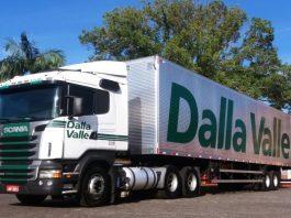 A Dalla Valle Transportes comemorará no próximo dia 26 de outubro os seus 50 anos de atuação. Além da celebração do aniversário também