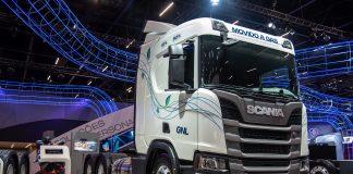 Na 22ª edição da Fenatran, a Scania, em parceria com a ZEG, apresentou o primeiro caminhão 100% movido a Biometano no Brasil.