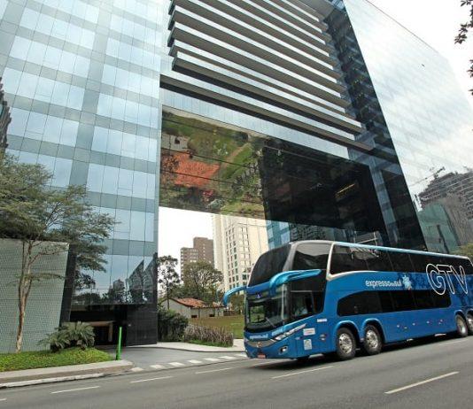 A Expresso do Sul, empresa de ônibus do Grupo JCA, acaba de receber 15 ônibus Double Deck leito cama para a sua frota. Os modelos serão utilizados