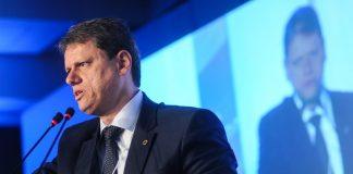 De acordo com o ministro de Infraestrutura, Tarcísio de Freitas, já há uma data para que fiquem prontas as regras para valoração das rodovias.