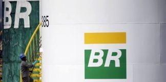 A Petrobras iniciou processo para venda da totalidade de sua participação em porção exploratória de um bloco na bacia de Guajira, na Colômbia,