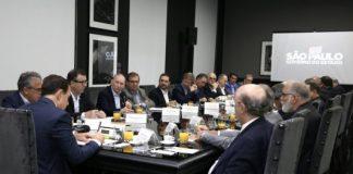 Na última quarta-feira (23), o presidente do Conselho Superior e de Administração do SETCESP, Tayguara Helou,apresentou ao governador de São Paulo