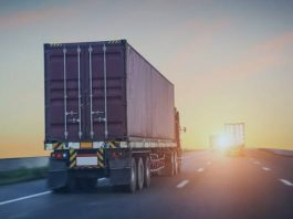 O setor de transporte de cargas e logística no Espírito Santo registrou queda de 50% na movimentação durante a pandemia do novo coronavírus. A