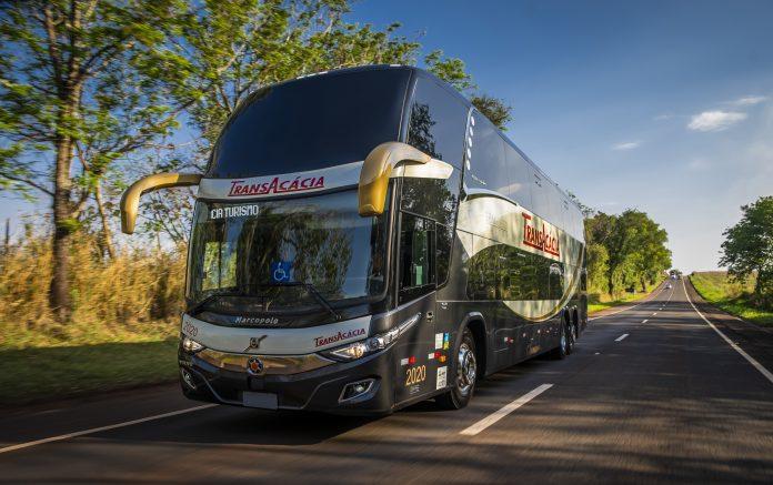 """A Volvo demostrou mais uma vez seu compromisso com a meta de """"Zero Acidentes"""", envolvendo os veículos da marca. A montadora sueca"""