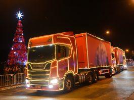As caravanas natalinas da Coca-cola FEMSA começaram a circular em 30 de novembro. Pelo segundo ano seguido, os caminhões da ação serão Scania.