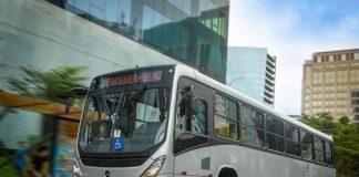 A Mercedes-Benz realizou a venda de 590 ônibus urbanos para quatro empresas de Brasília. O pacote de vendas faz parte do programa de renovação de frota do