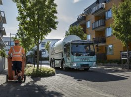 A Volvo Trucks anunciou o início das vendas de seus caminhões elétricos Volvo FL e Volvo FE em alguns mercados da Europa.