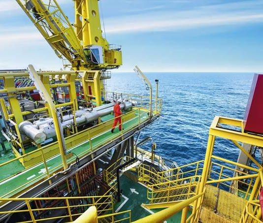 Petrobras conclui venda de 34 campos de produção de petróleo