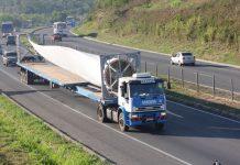 A medida impacta diretamente no transporte de pás e equipamentos eólicos em função do tamanho.