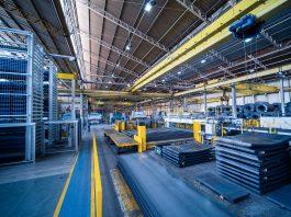 A Randon Implementos acaba de aumentar a capacidade e produtividade da planta instalada no bairro Interlagos, em Caxias do Sul (RS). Apesar de não ter tido nenhum
