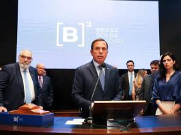 """O governador João Doria afirmou na quarta, 8, logo após o pregão, que vai """"seguir na mesma toada de fazer a concessão de todas as rodovias e aeroportos regionais"""