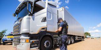 A Agência Nacional de Transportes Terrestres (ANTT) está realizando diversas operações para fiscalizar o cumprimento da tabela de fretes. Com isso, em todo