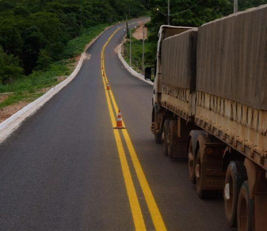 O preço do frete pode aumentar em função da privatização da rodoviaBR 163. Segundo a Ágora Investimentos, os preços do frete rodoviário vão subir em 2021.