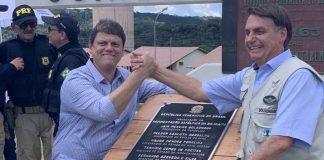 O presidente Jair Bolsonaro participou, na tarde de sexta-feira (114), da solenidade de inauguração de um trecho pavimentado da BR-163, em Miritituba (PA).