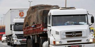 A demanda por transportes rodoviários de cargas no Brasil terminou a última semana com queda de 39,7% em relação aos níveis anteriores à pandemia d