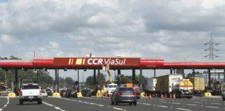 Acobrança de pedágioem cinco novas praças administradas pela CCR ViaSul está funcionando desde a meia-noite deste domingo, nas estradasBR-101 (em Três Cachoeiras)