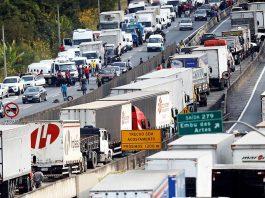 Uma nova greve dos caminhoneiros pode acontecer a partir desta quarta-feira (19). Walace Landim, presidente da Associação Brasileira dos Condutores de Veículos Automotores