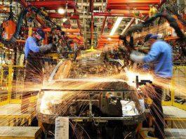 De acordo com dados divulgados pelo IBGE hoje, 4, a produção industrial brasileira recuou 1,1% em 2019, na comparação com o ano anterior.